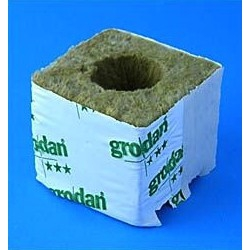 Grodan - Grodan Cube 7,5cm with 40 mm Hole 10 pc.
